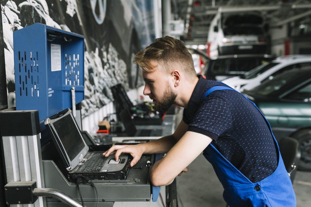 Автомобилна компютърна диагностика в Пловдив от ПЕРФЕКТ СЕРВИЗ ПЛОВДИВ ЕООД